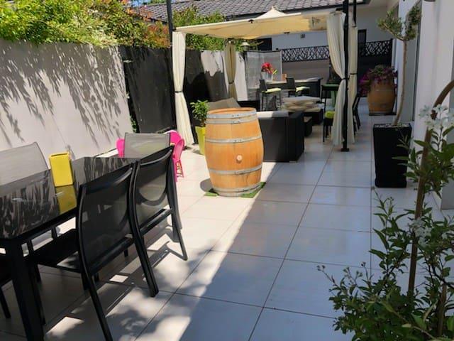 maison Au cœur des  Vins Pessac-Léognan jacuzzi