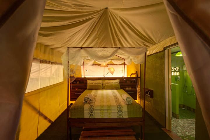 Luxury Waterfront Glamping Tent Ton Kanoon