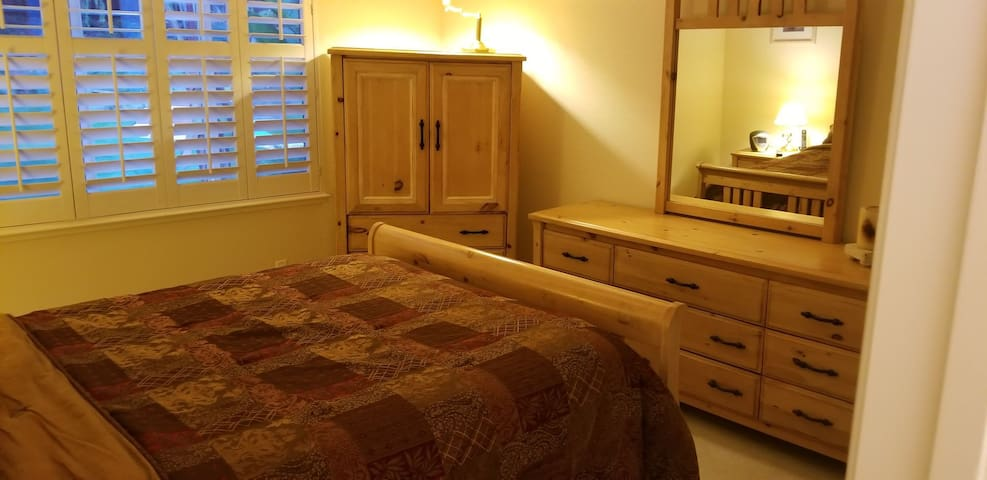"""Donnell Residence """"Garden Room"""""""