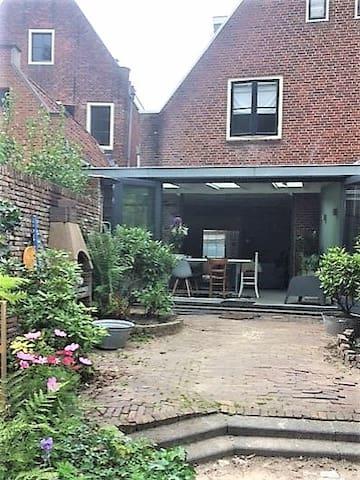 Authentic fam house near amsterdam case in affitto a for Case amsterdam affitto economiche