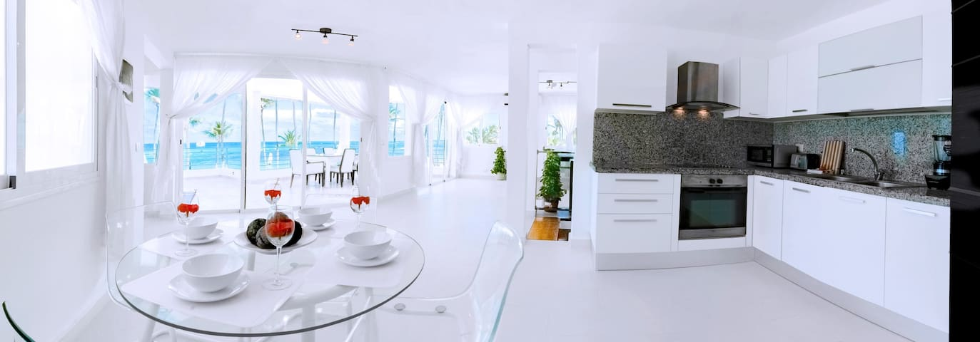 Ocean View Condo for Rent | Private & CLEANED