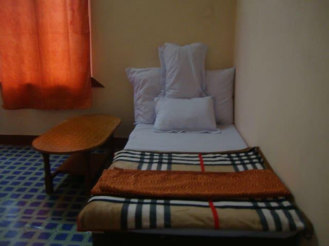 Budhanil Guest House - Budhanilkantha - Bed & Breakfast