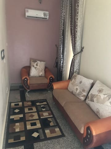Comfortable furnished home with super ambience