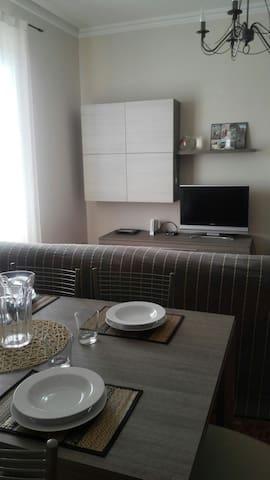 Luminoso appartamento indipendente - Lavagna - Byt