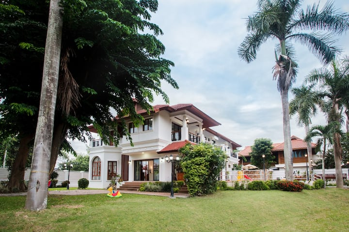Chiang Mai 新房上架泰·河畔超大花园按摩泳池庄园别墅,免费接或送机