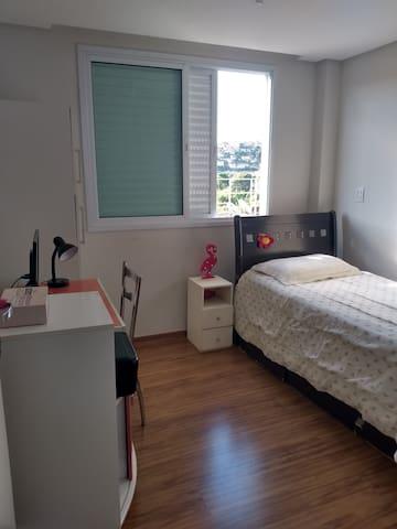 Apartamento novo no centro próximo a ufv c/garagem