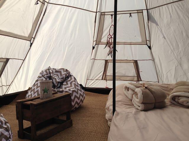 Tente Tipee a Breizh'iles. Entre Auray et Vannes - Pluneret