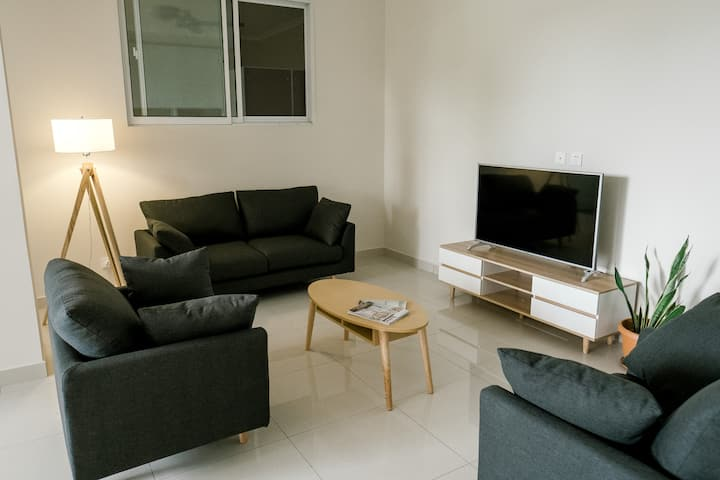 AELAN PLACE #03 // new, modern apartment