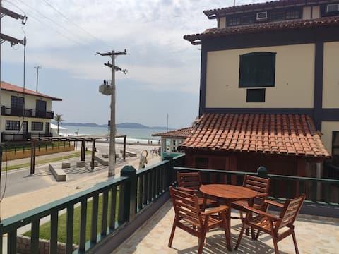 Flat 106 beira mar Praia do Peró