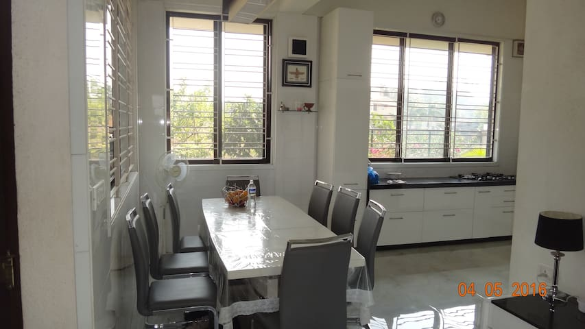 3 BHK BUNGALOW WITH PRIVATE POOL IN LONAVLA
