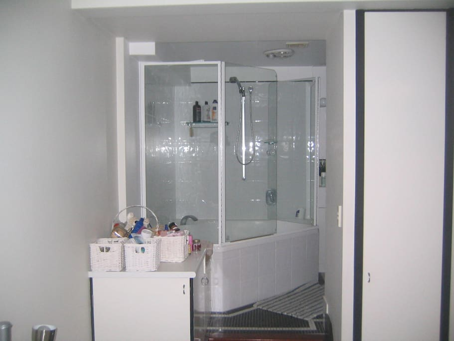 Ensuite off main bathroom.  Hugh shower/bath and toilet