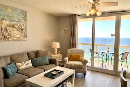 Beach Front 19th Flr Best Ocean View, New Upgrades