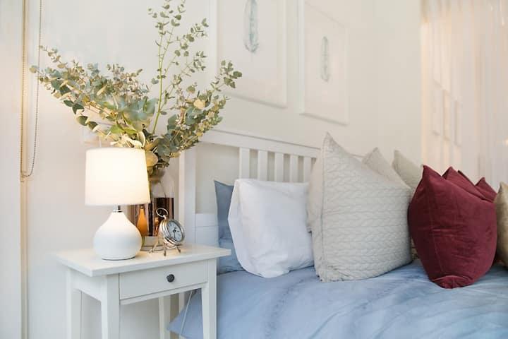 PADDINGTON: Little Margaret's Cottage + free Wifi
