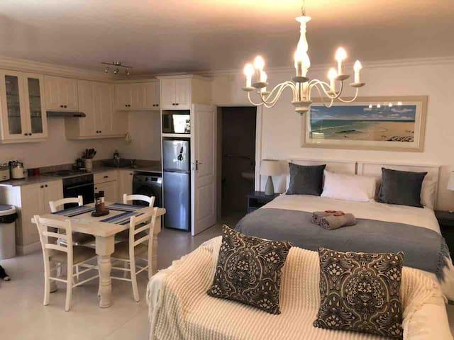 Paradise Cottage in Plett