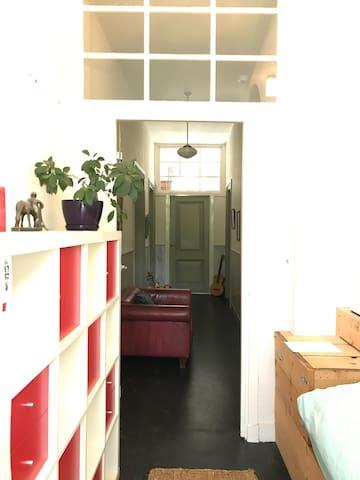 2 p. bunk bedroom in canal villa centre schiedam