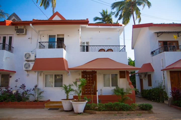 BEACH SIDE CANDOLIM 3 BHK DUPLEX  (Blue Palm D-5B)