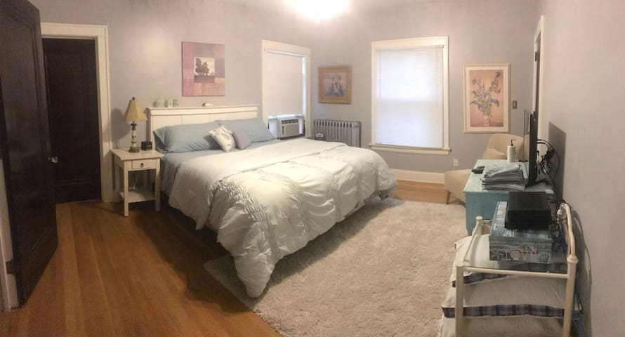 Private large room in an historic house