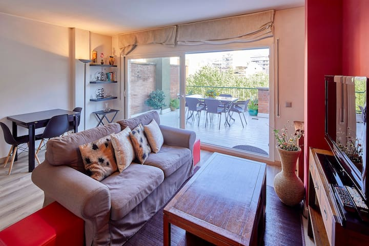 Apartment with very large balcony