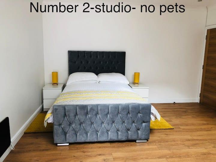 Studio flat near loch Lomond with free wi-fi