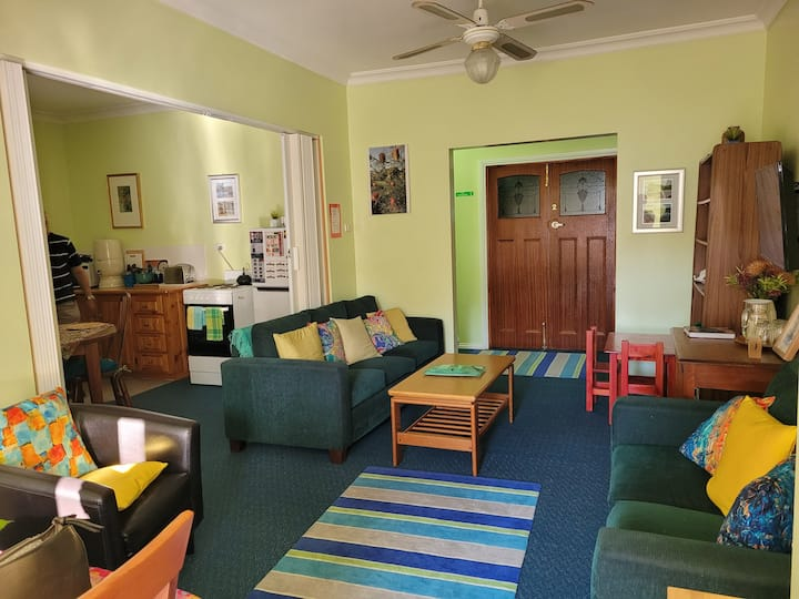 Banksia Cottage (Pet friendly)