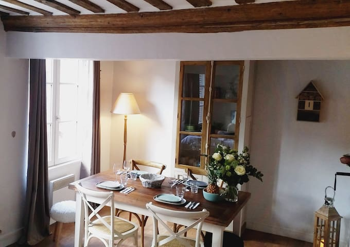 Bright and ideally situated flat! - Honfleur - Apartment