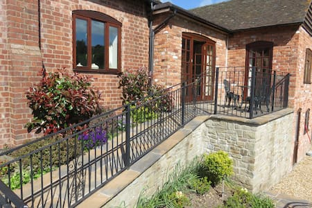 Linley Cottage bnb at Hopesay,  Craven Arms Shrops - Bed & Breakfast