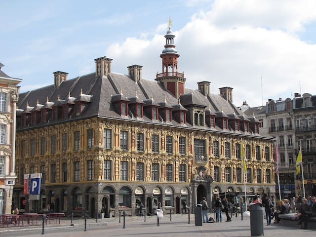 GUIDEBOOK Lille