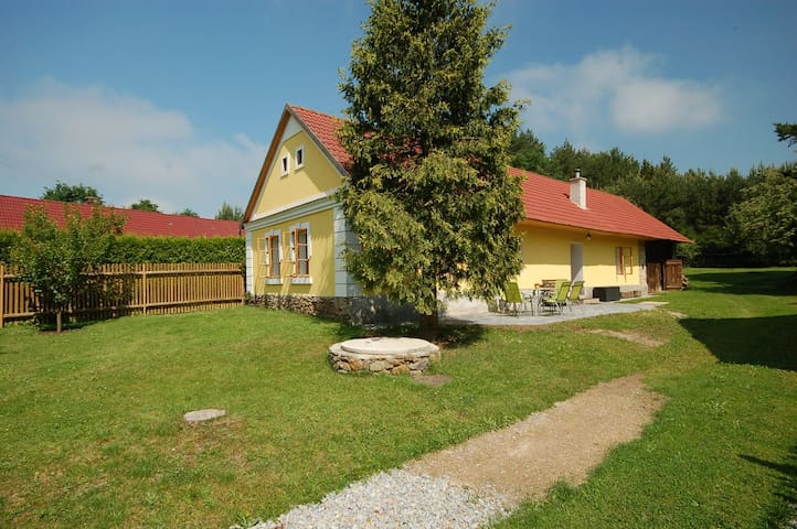 House for 2+4 persons with WLAN R77912