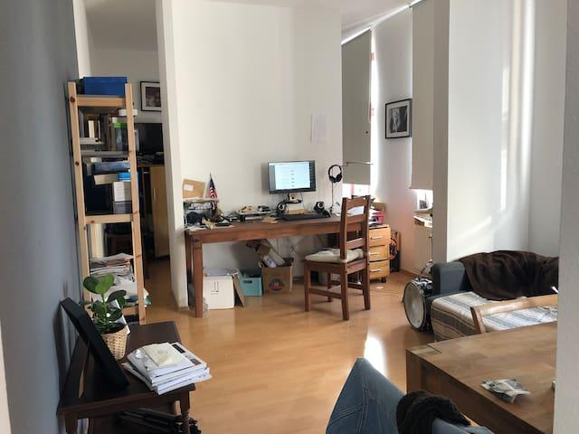 1- Raum Appartement mit Bad und offener Küche