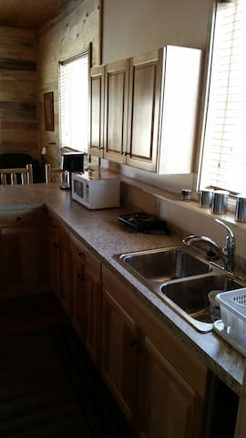 Golden Haven Ranch Studio Apt. - Glendale - Appartement