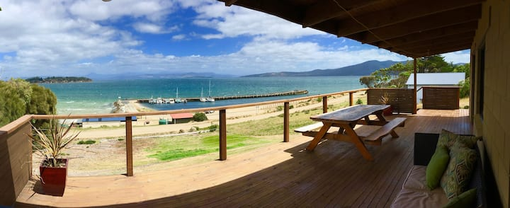 Bruny Island Alonnah - Beachfront Ocean Views