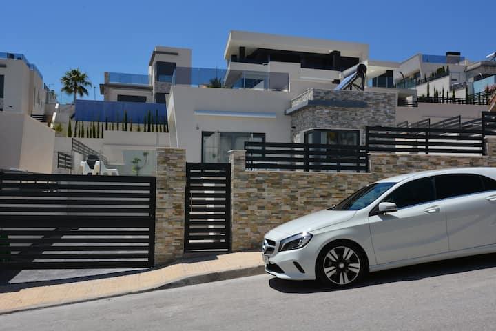 Hillside Luxury Villa, Balcón de Finestrat