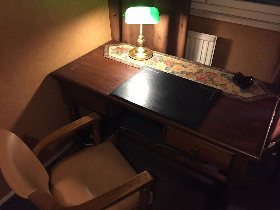 Large and very nice desk in the nineteenth century style (like the room).