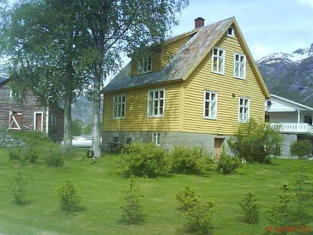 UnniOla-huset