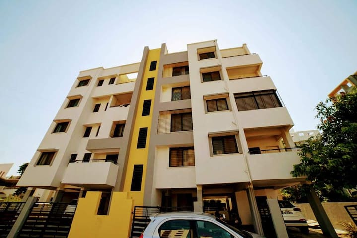 BnB Serene Apartment for upto 8 guests