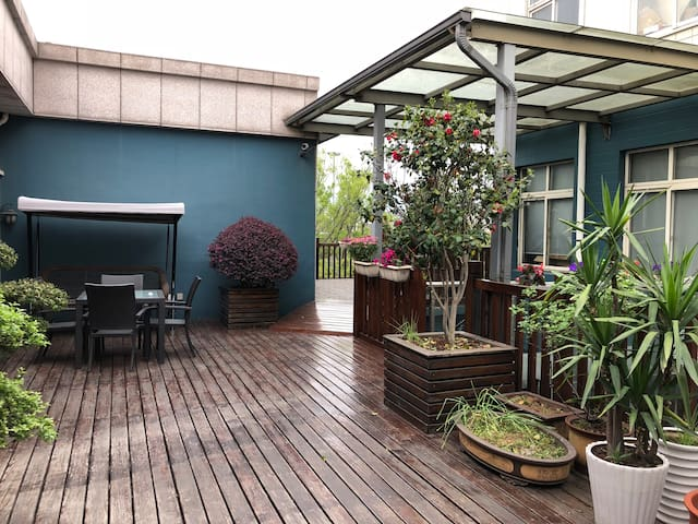 【zhu's house】超大露台 北欧风飘窗台 毗邻西溪湿地 乐天城 西溪印象城