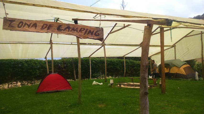 Camping cubierto en la Peña Azul - Choachí