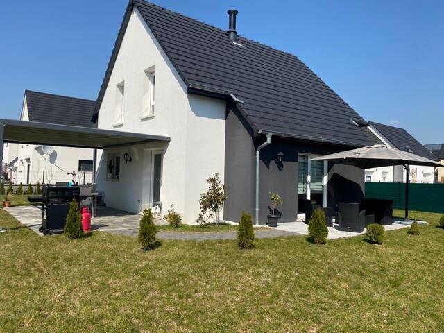 Exclusive Villa for rent!   Privat Garden & Garage