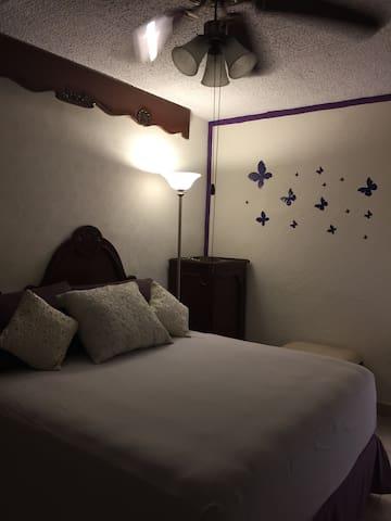 Linda casita con todos los servicios. - Acapulco  - House