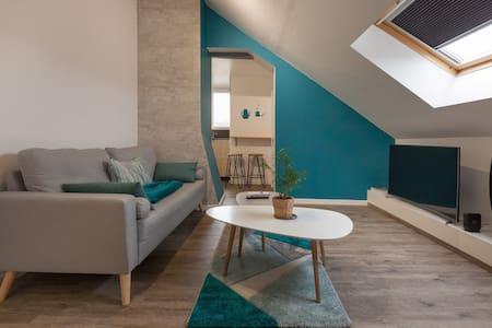 SPLENDIDE F2 doux & cosy - CENTRE Louviers - WIFI
