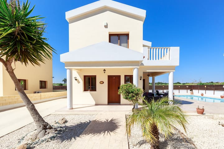 Honey Corner -  2 Bedroom Villa with Private Pool