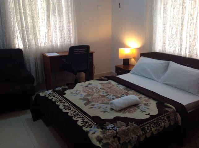 Comfy private room ensuite lekki - Lagos