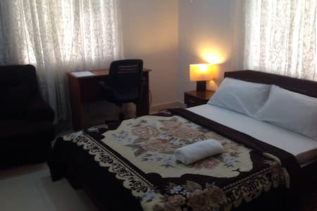 Comfy private room ensuite lekki - Lagos - Byt