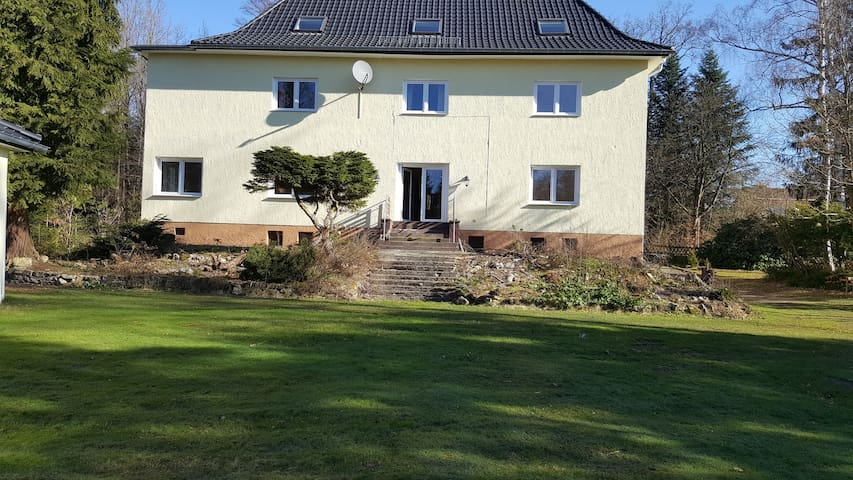 Haus Waldrand - Große Wohnung