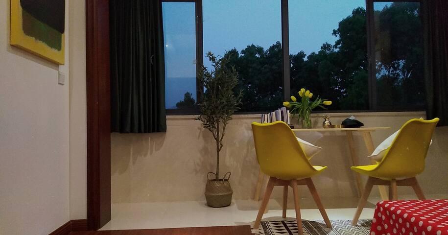 tangpopo house 天目湖畔 临近水世界 涵田半山温泉 复式露天大阳台