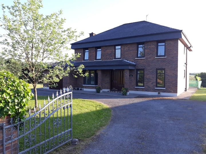 Stunning 5 Bed Detached House Kiltimagh, Co. Mayo
