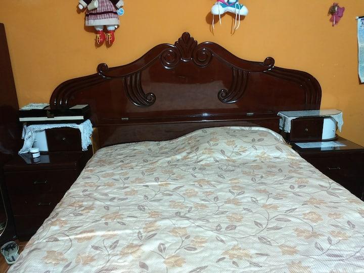 Dormitorio,espacioso con jacuzzi