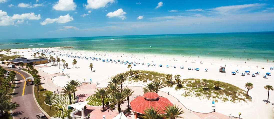Nature Lovers Dream-Beaches-Nightlife-Sleeps 2 - Clearwater - Hus