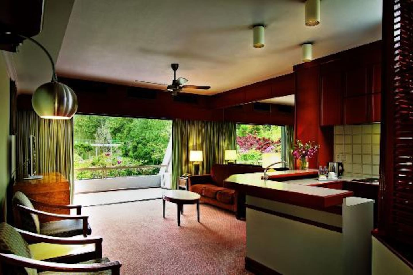 View from kitchen across the living hall into the mountainous view