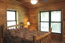 Current River Cabin in Eminence Mo. Riverfront!